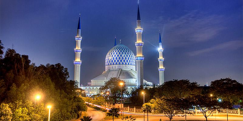 Sultan Salahuddin Abdul Aziz Shah Mosque (Blue Mosque)